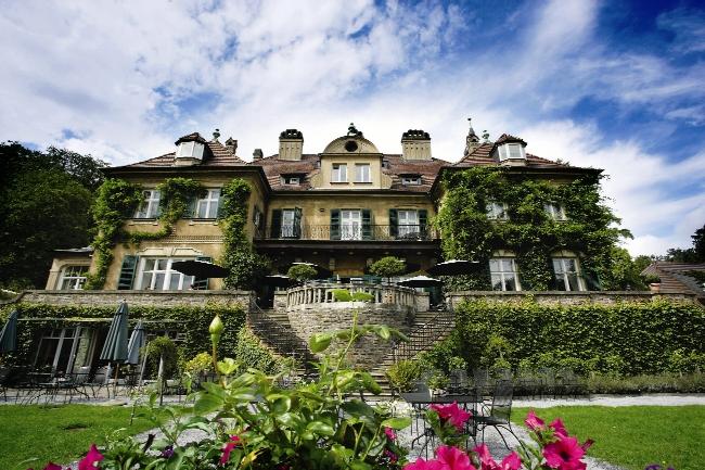 Schlosshotel Lerbach, Bergisch Gladbach