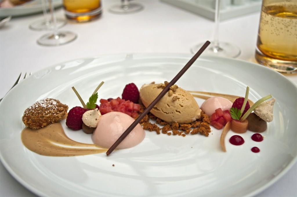 Rhabarber / Himbeeren -Hafer - Carameliaschokolade