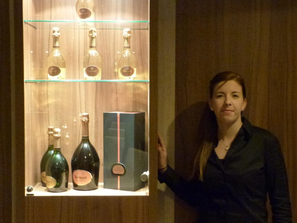 Julia Zschunke in der Ven Champagnerbar