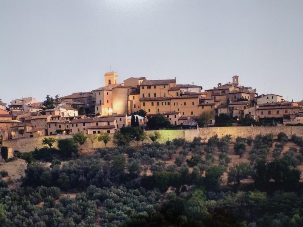 Montefalco / Umbria - auf deutsch: Falkenberg...