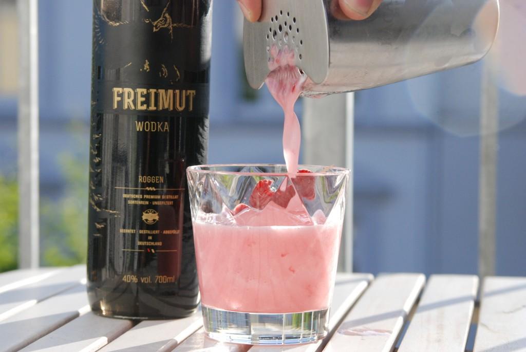 Vodka Sour mit Himbeeren